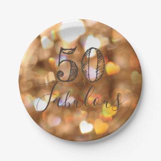 Prato De Papel 50 e fabuloso. Aniversário. Corações dourados