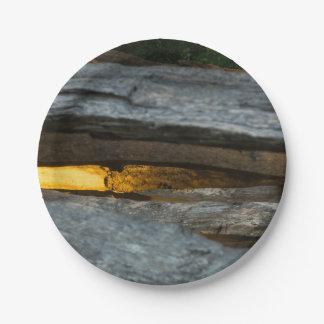 Prato De Papel Abstrato do trilho rachado