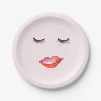 Prato De Papel Aguarela dos lábios e das pestanas