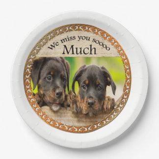 Prato De Papel Cães de filhote de cachorro bonitos pretos de