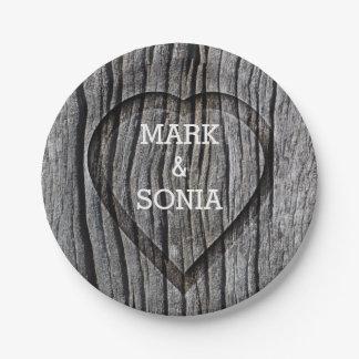 Prato De Papel Casamento rústico cinzelado do coração de madeira