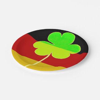 Prato De Papel Divertimento alemão irlandês de St Patrick do