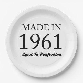 Prato De Papel Feito em 1961