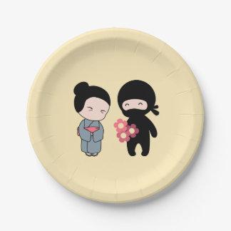Prato De Papel Flores minúsculas de Ninja Gifting à mulher
