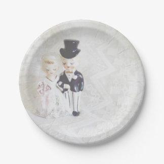 Prato De Papel O chá de panela chapeia o casal bonito e o laço