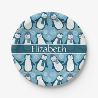 Prato De Papel O design bonito dos pinguins do inverno adiciona o