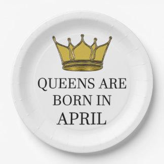 Prato De Papel O Queens é nascido em abril