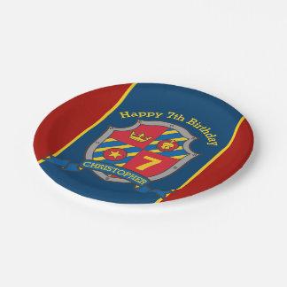Prato De Papel Os cavaleiros protegem a placa vermelha do costume
