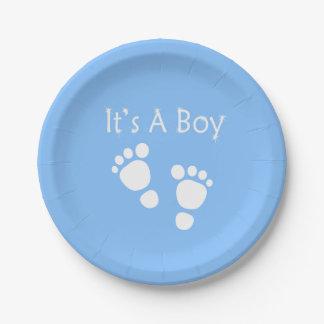 Prato De Papel Pé branco do bebê - é um chá de fraldas do menino
