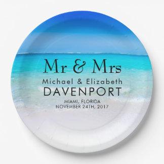 Prato De Papel Praia tropical com um casamento do mar de turquesa