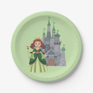 Prato De Papel Princesa e castelo pequenos no verde