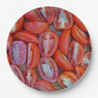 Prato De Papel Tomates recentemente cortados