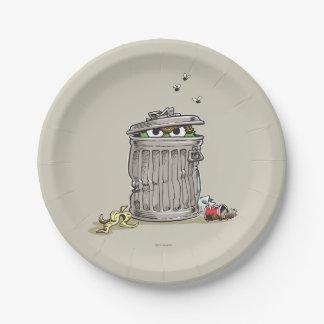 Prato De Papel Vintage Oscar no balde do lixo