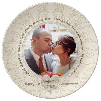 Prato De Porcelana Ás ideias customizáveis do presente do aniversário