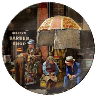 Prato De Porcelana Barbeiro - na barbearia 1937 de Nelson