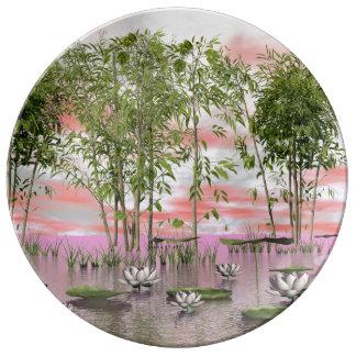 Prato De Porcelana Flores e bambus de Lotus - 3D rendem