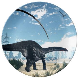 Prato Dinossauro do Apatosaurus no deserto - 3D rendem