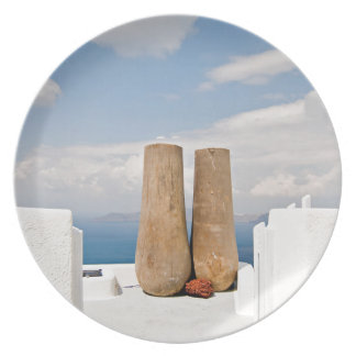 Prato Dois potes grandes na ilha de Santorini