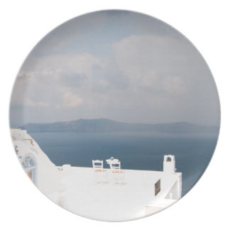 Prato Duas cadeiras na ilha de Santorini