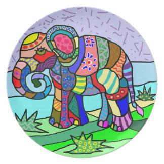 Prato Elefante folcloristic artístico das cores