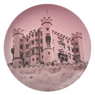 Prato Feliz nunca após a placa cor-de-rosa do castelo