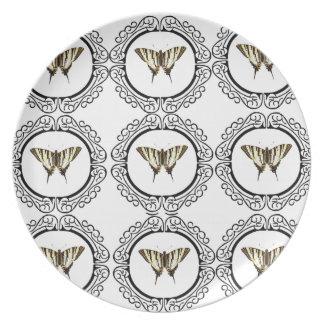Prato grupo de borboletas