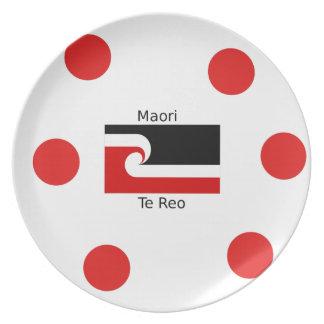 Prato Língua de Te Reo e design maori da bandeira