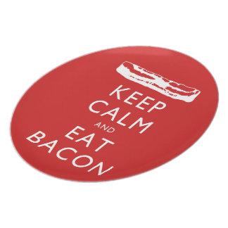 Prato Mantenha calmo e coma o bacon
