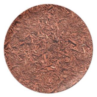 Prato mulch detalhado do cedro vermelho para o
