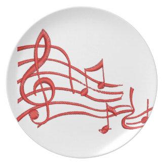 Prato notas musicais - imitação do bordado
