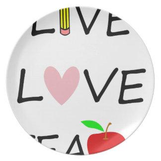 Prato o amor vivo ensina