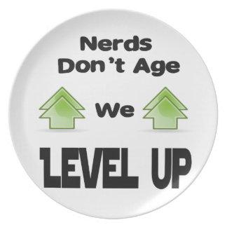 Prato Os nerd não nos envelhecem nivelam acima