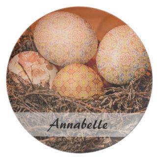 Prato Ovos da páscoa rústicos no ninho