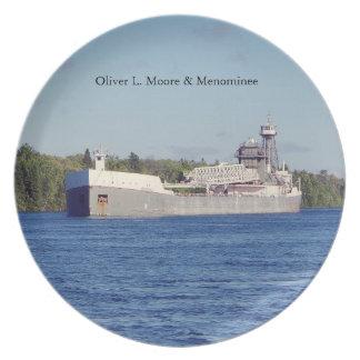 Prato Placa de Oliver L. Moore & do Menominee