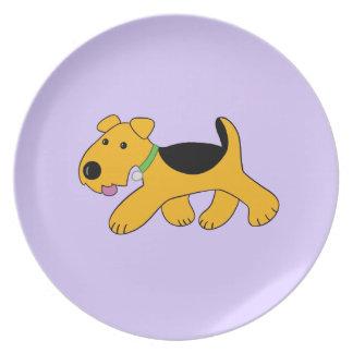 Prato Placa Frisky bonito do filhote de cachorro de