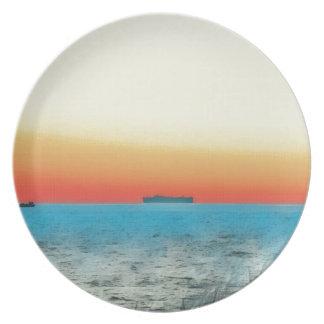 Prato Silhueta artística bonito do navio do Seascape