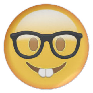 Prato Smiley face Geeky de Emoji