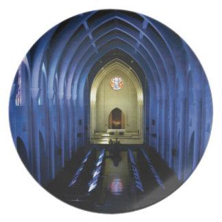 Prato sombras da igreja azul escuro