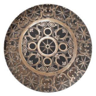 Prato Steampunk antigo do bronze do metal do vaticano