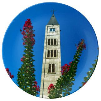 Prato Torre de Luke do santo em Mostar, em Bósnia e em