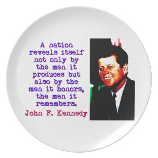 Prato Uma nação revela-se - John Kennedy