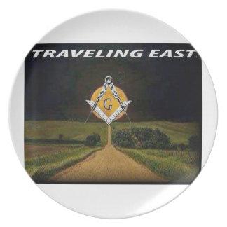 Prato Viagem para o leste
