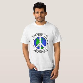 Praying para a camisa da paz de mundo