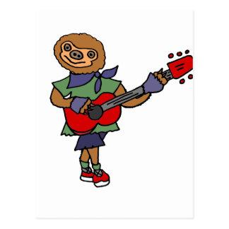 Preguiça bonito engraçada que joga a guitarra cartão postal