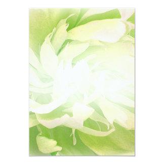 Presente de casamento floral esverdeado brilhante convite 12.7 x 17.78cm
