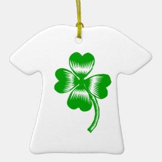 Presente do dia de St Patrick afortunado do Ornamento De Cerâmica Camiseta