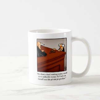 Presente engraçado da caneca do humor do advogado