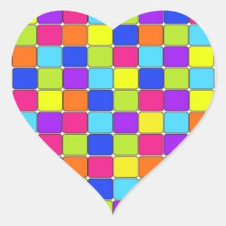 Presentes coloridos bonito do teste padrão do adesivo em forma de coração