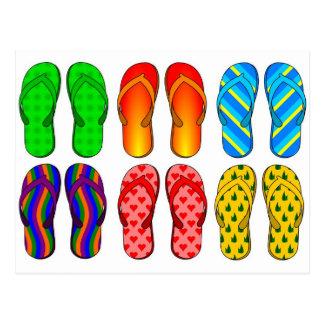 Presentes coloridos do verão do tema da praia do cartão postal