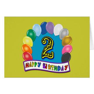 Presentes de segundo aniversário e roupa felizes d cartão